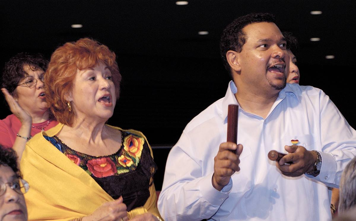 Members of the Rio Grande Conference Choir sing during morning worship on May 5 at the 2004 United Methodist General Conference in Pittsburgh. A UMNS photo by Paul Jeffrey.