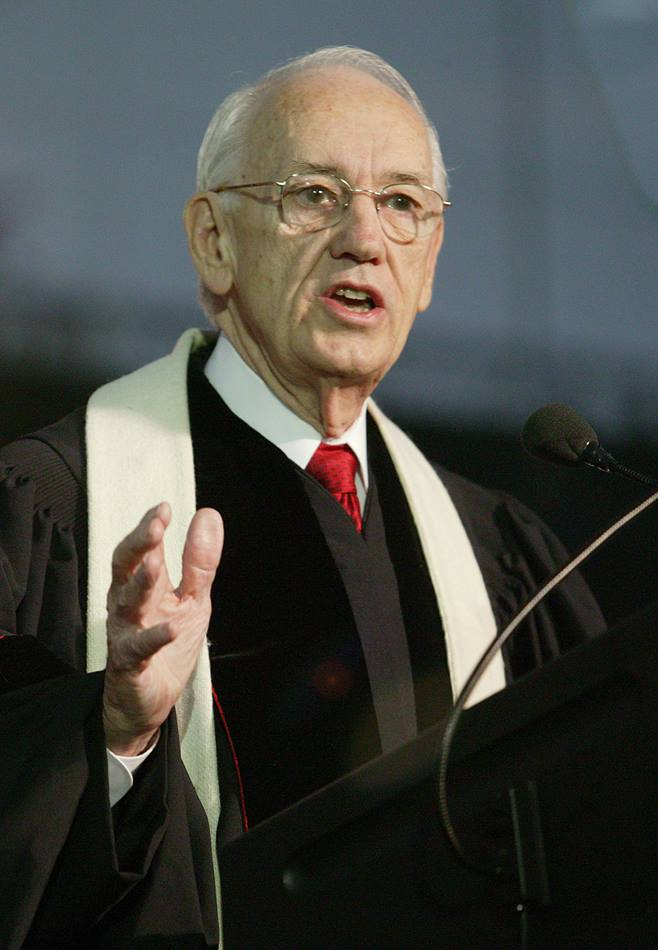 United Methodist Bishop Robert E. Fannin, Birmingham Area, gives the sermon during morning worship on May 6 at the denomination's 2004 General Conference in Pittsburgh. A UMNS photo by Mike DuBose.