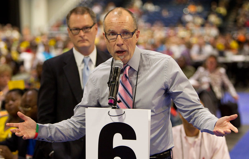 The Revs. Mike Slaughter (front) and Adam Hamilton speak in favor of legislation which would have acknowledged that United Methodists disagree on issues of sexuality during the denomination's 2012 General Conference in Tampa, Fla. A UMNS photo by Mike DuBose.