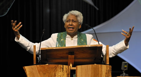 Bishop Violet L. Fisher preaches to the 2008 United Methodist General Conference in Fort Worth, Texas