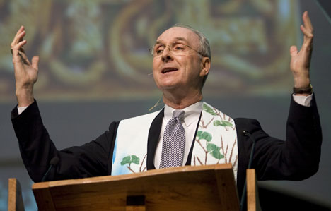 United Methodist Bishop William W. Hutchinson preaches during morning worship on April 26 at the 2008 United Methodist General Conference in Fort Worth, Texas.