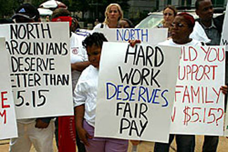 "The ""Let Justice Roll Living Wage Campaign,"" a program of more than 70 faith and community groups including the United Methodist Board of Church and Society, urges the U.S. Congress in 2006 to increase the minimum wage"