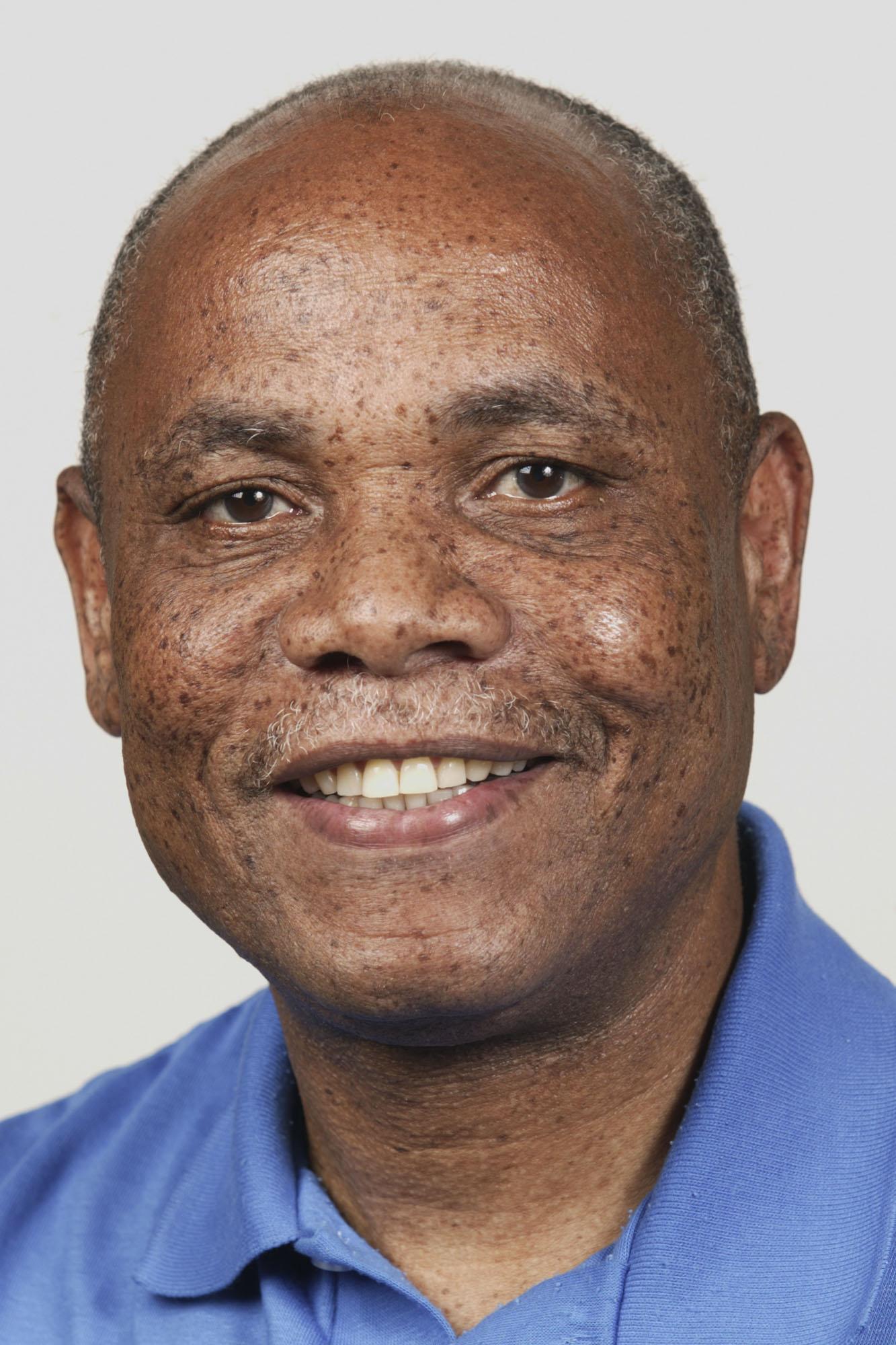 Bishop Eben Nhiwatiwa