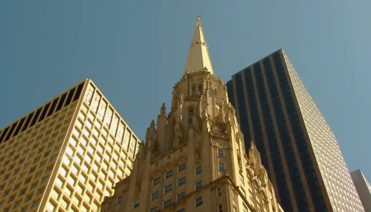 First United Methodist Church at the Chicago Temple has affirmed a marriage-equality proposal to give pastors a choice in whether to perform same-gender marriages.