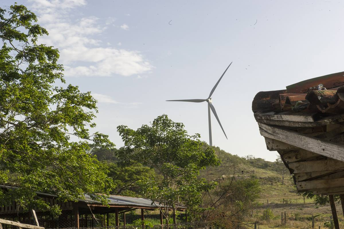 While on an official visit to Nicaragua, Secretary-General Ban Ki-moon visited the Parque Eólico Camilo Ortega Saavedra wind farm in the Department of Rivas.  Photo by Mark Garten,United Nations