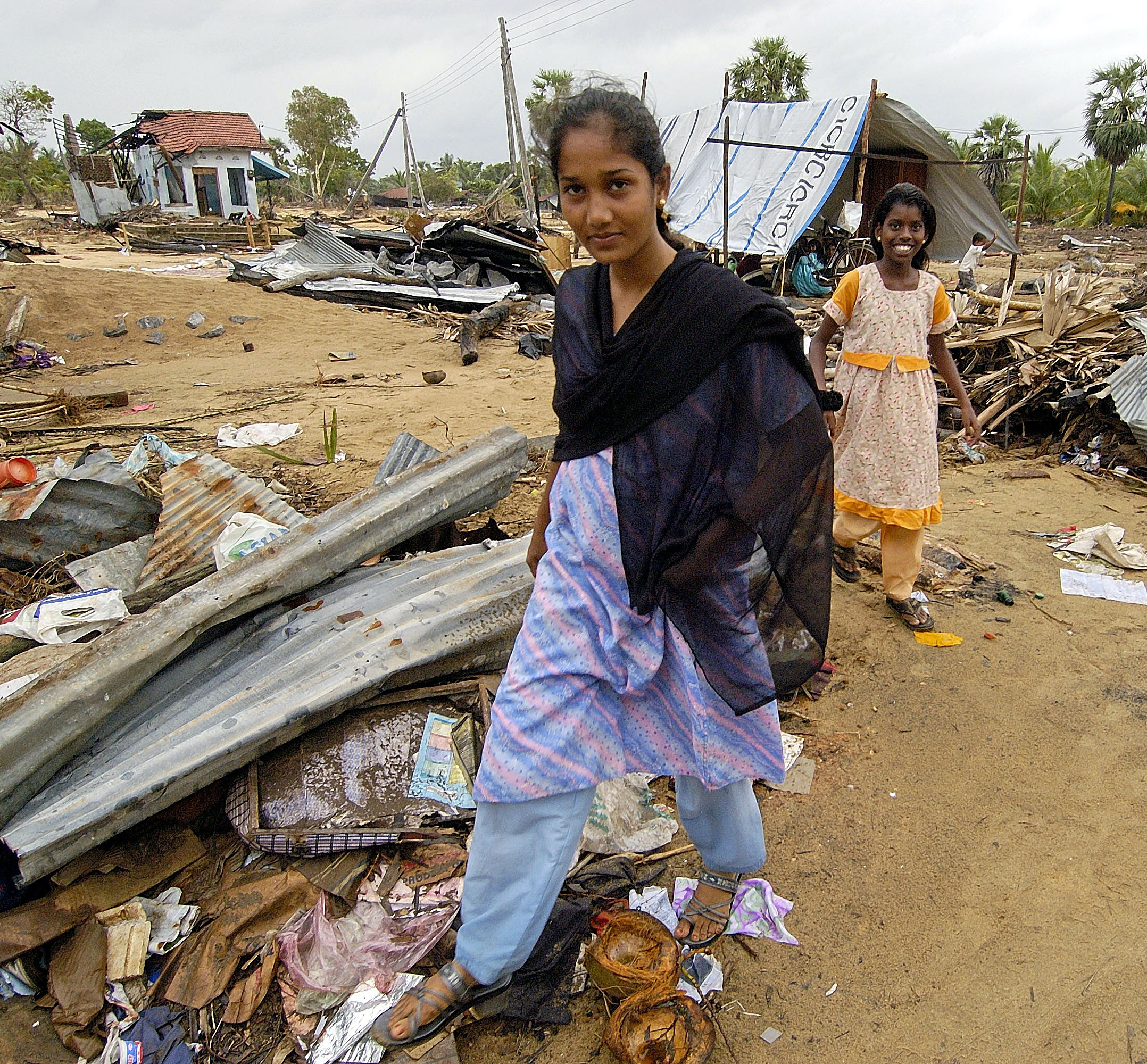 A tsunami survivor walks in Batticaloa, Sri Lanka. Photo by Paul Jeffrey, ACT International.