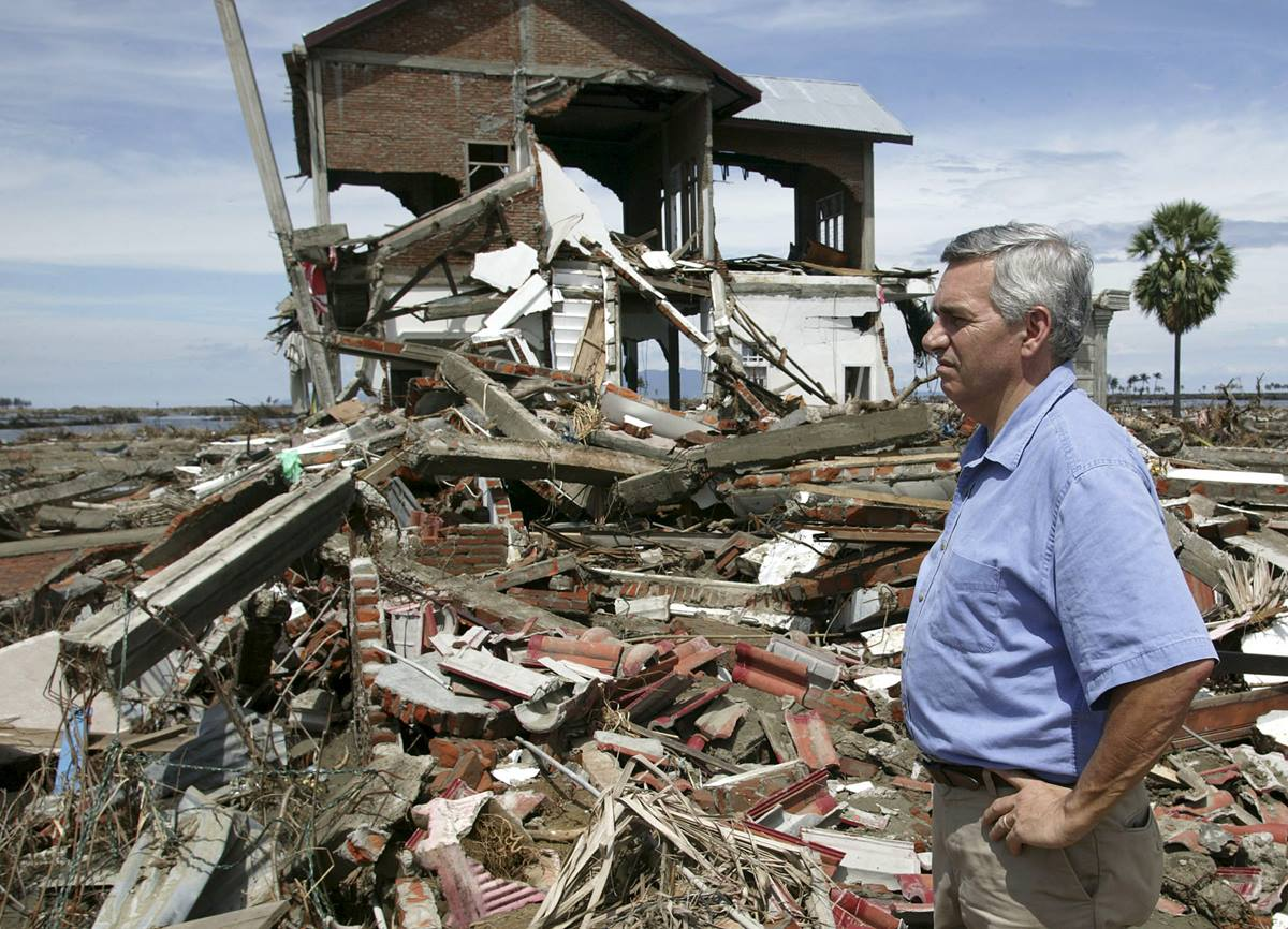 The Rev. R. Randy Day surveys destroyed homes along the beach in Banda Aceh, Indonesia. A UMNS photo by Mike DuBose.