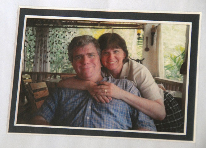 A framed photo of the Revs. Clinton and Suzanne Field Rabb rests on a coffee table at their home in Hawthorne, N.Y. A UMNS photo courtesy of the Rabb family.