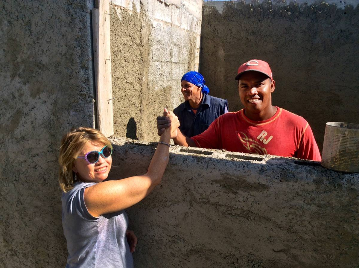 Nechi Fullerton (left) works with Abelardo Castillo, a Cuban construction worker, at the Methodist seimary during a January 2015 volunteer trip in Havana, Cuba. Photo courtesy of Nechi Fullerton