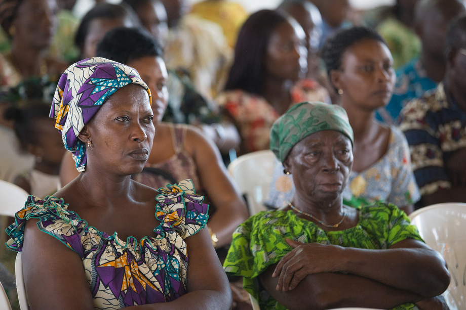Parishioners listen to a presentation on ways to help prevent Ebola at Temple Bethel United Methodist Church.