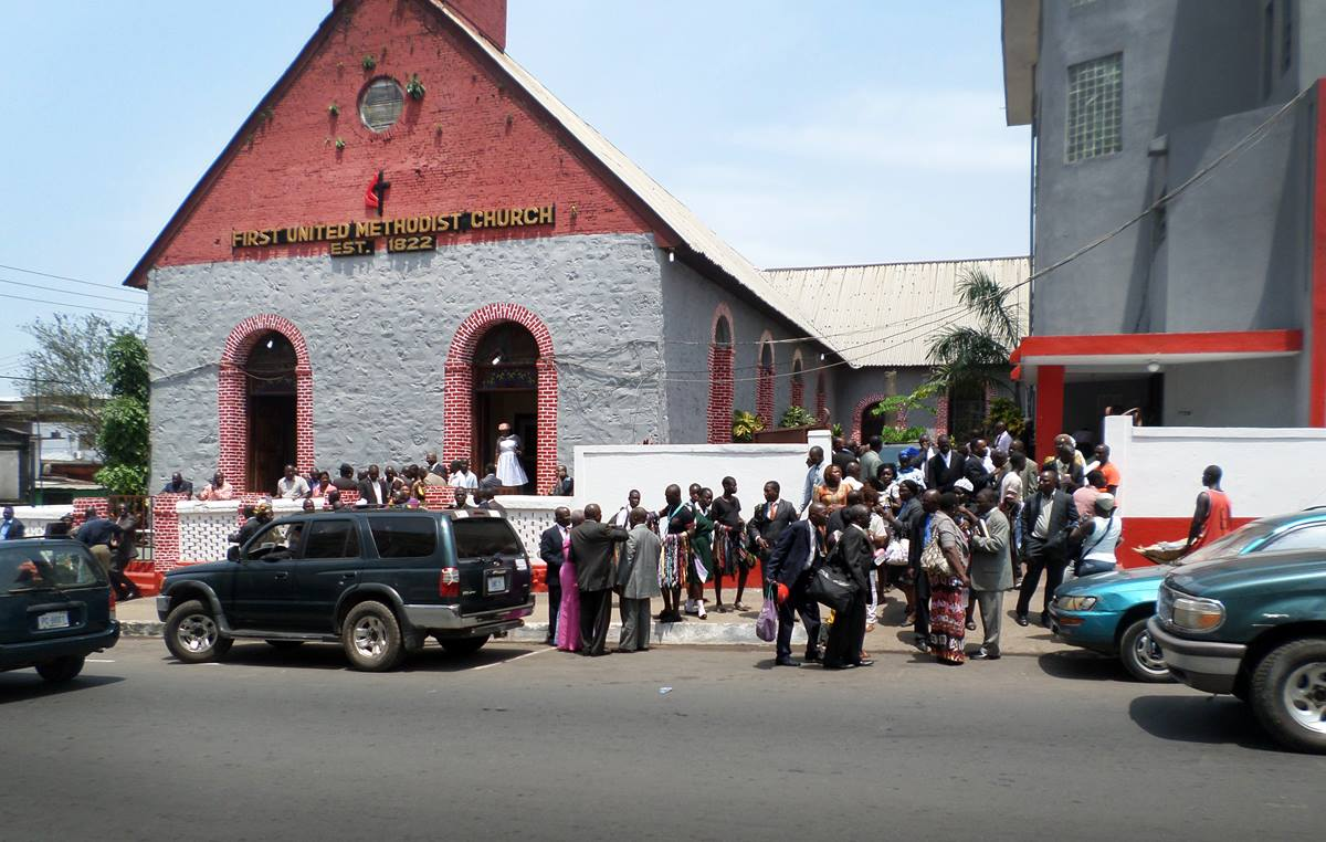 Members of First United Methodist Church in Monrovia, Liberia, attend a special welcoming and thanksgiving service honoring Bishop John G. Innis.  Photo by Julu Swen, UMNS