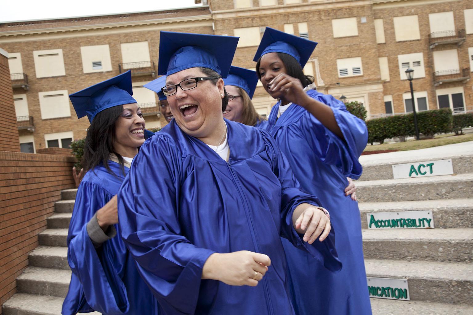 Kelly Gissendaner during her 2011 graduation at Arrendale State Prison.