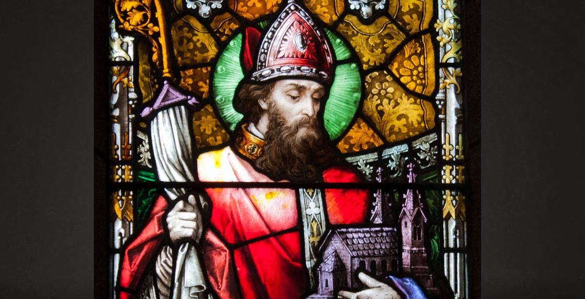 Detail of window of St. Patrick from New Ross Church of St. Mary and St. Michael, Detail of window of St. Patrick from New Ross Church of St. Mary and St. Michael, County Wexford, Ireland. Photo by Andreas F. Borchert., courtesy Wikimedia Commons.