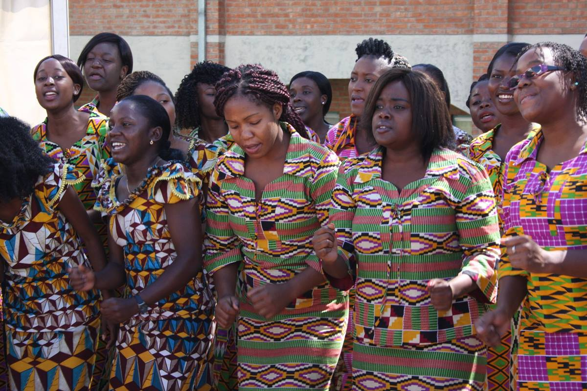 The Africa University Choir performs at the inauguration of Munashe Furusa as vice chancellor. Photo by Vicki Brown, UMNS