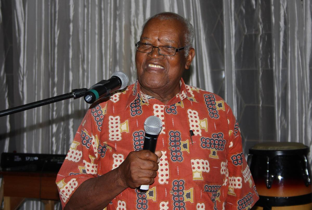 John Wesley Kurewa thanks the Foundation for Evangelism for its plans to endow an E. Stanley Jones Professor of Evangelism at Africa University in his name.