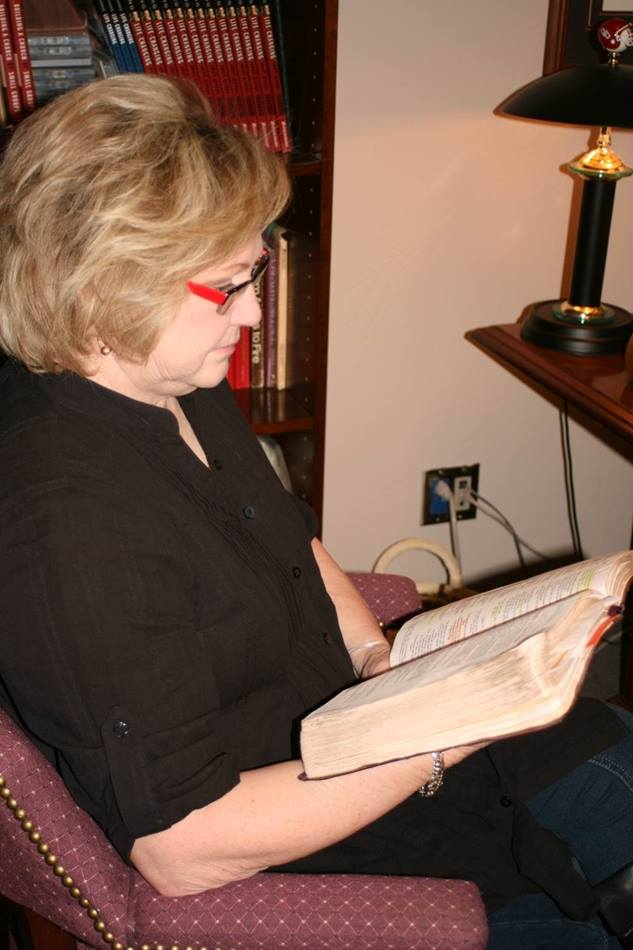 "Ruth Schwab says reading the Bible has comforted her during her recovery.  ""Moments came in the middle of the night, when I was facing another surgery or stressed out over something else.  I couldn't call a friend and disturb them, but I could reach over and get my Bible."" Photo by Boyce A. Bowdon, UMNS"
