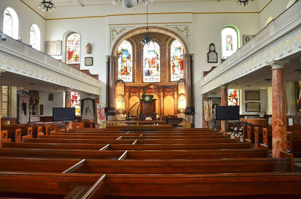 John Wesley himself would have been familiar with the interior of this church building; he oversaw the construction of it in 1778. Photo by Bob Johnson courtesy Flickr, via Wikimedia Commons.
