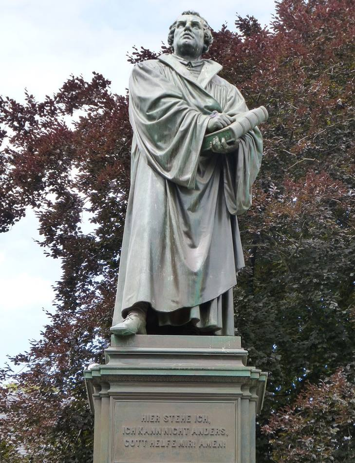 Statue of Martin Luther in Worms, Germany. Photo by Kim Traynor, courtesy of Wikimedia.