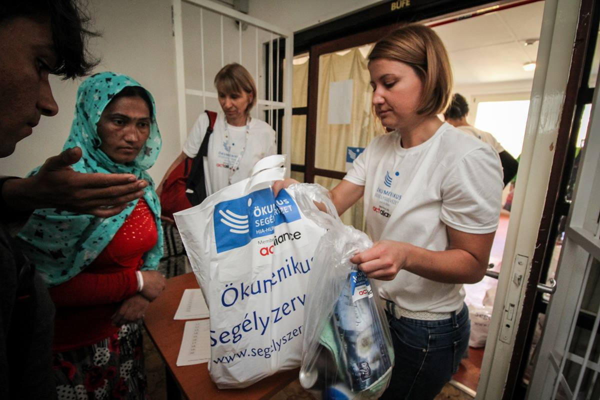 Hungarian Interchurch Aid distributed 200 packages of food and hygenic items for refugees in the Vomosszabadi temporary reception center. United Methodists are a part of Hungarian Interchurch Aid and have assisted in the refugee effort. Photo by Fekete Dániel, HIA-Hungary, ACT Alliance.