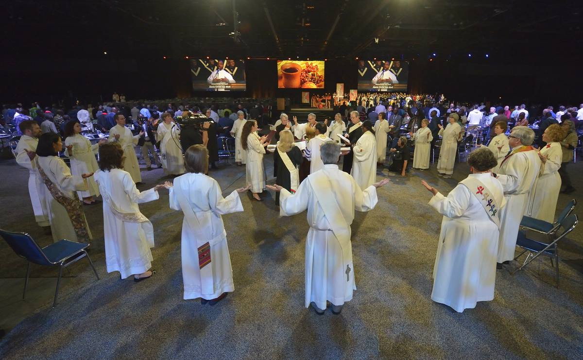Opening worship of the 2016 United Methodist General Conference in Portland, Ore., on May 10. Photo by Paul Jeffrey, UMNS.