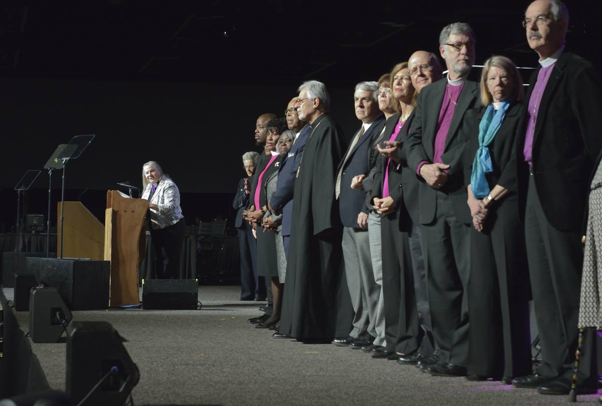 Bishop Mary Ann Swenson introduces representatives from Pan-Methodist Churches during a May 17 worship service at the 2016 United Methodist General Conference in Portland, Ore. Photo by Paul Jeffrey, UMNS.
