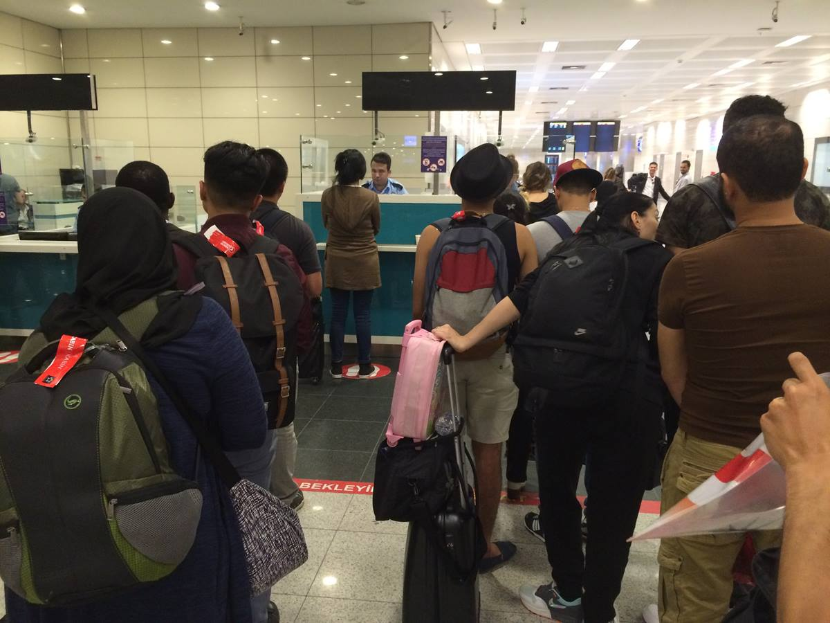 Those leaving the airport stand in the last portion of the line through passport control after the June 28 bombings at Istanbul Ataturk Airport. Photo by Thomas Kemper, Global Ministries