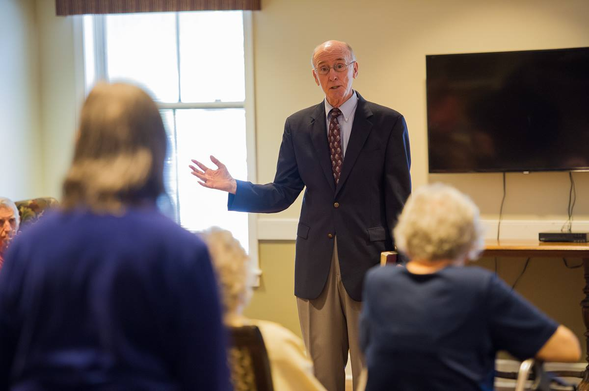 In preaching to residents of the Bethany memory care unit, retired United Methodist Bishop Kenneth Carder says he has found an attentive, appreciative audience, with many able to recall the Apostles' Creed, Lord's Prayer and well-known hymns. Photo by Matt Brodie.
