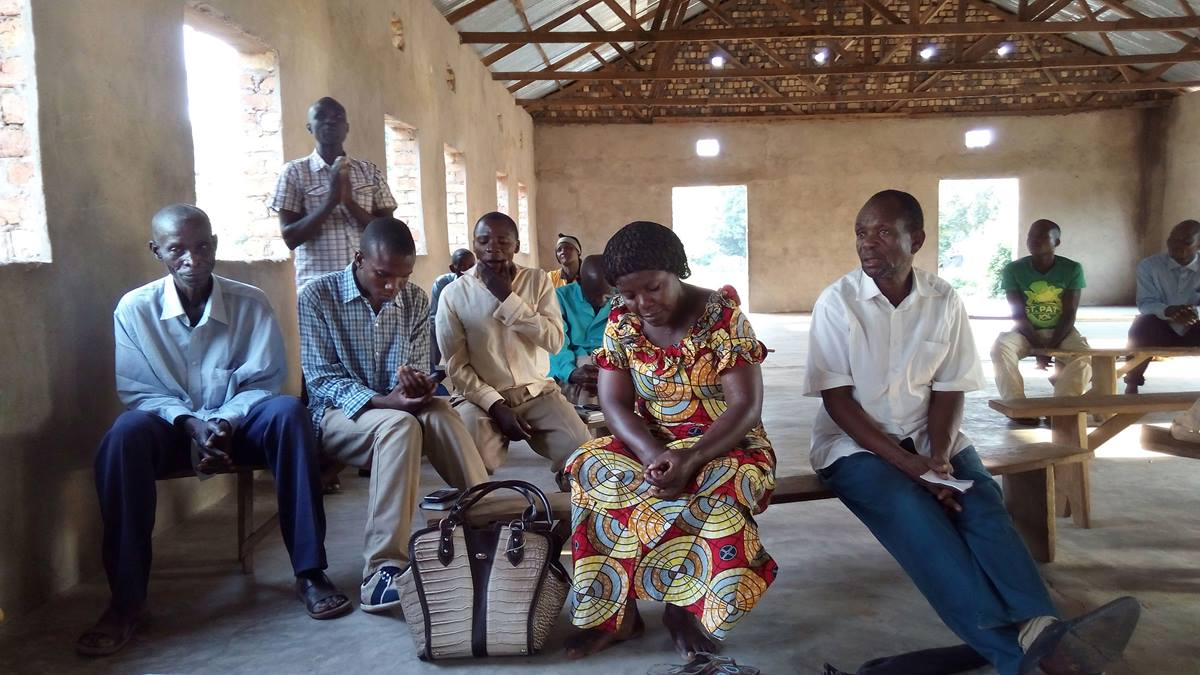 Meetings were held with families who are helping those displaced by the violence between two warring tribes.