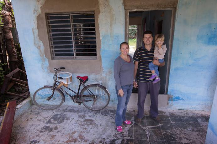 Pastor Ricardo Rivero and his wife Ana Maria Torres, along with their son Ricardo David, are starting a Methodist Mission in Placetas, Cuba. Rivero, a former mason, has been making repairs to the home, which will also serve as a worship space.