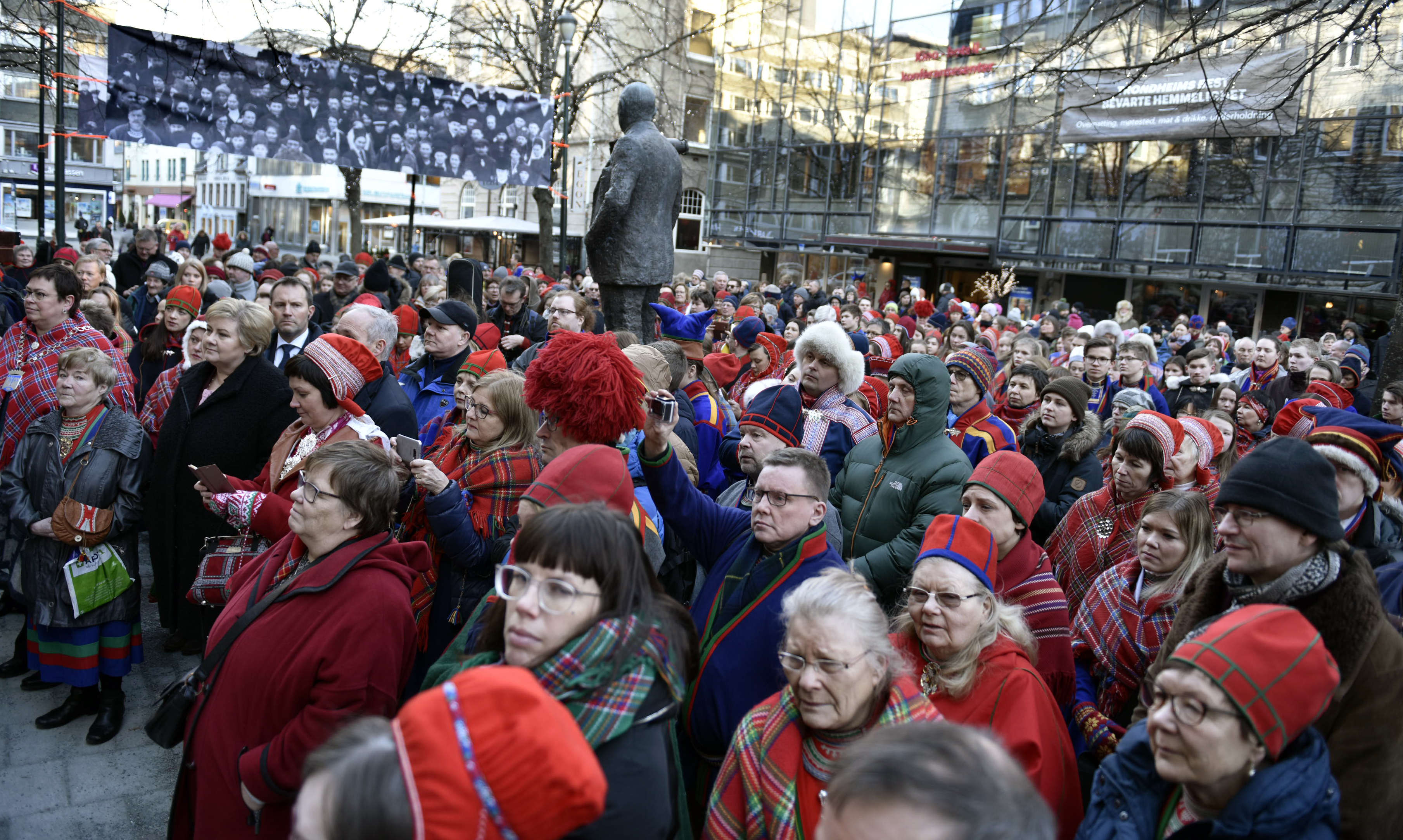 The centennial events in Trondheim, Norway, started with a meeting outside the United Methodist Church celebrating the actual site of the first Sami congress. The event was hosted by Sami youth organizations and attended by Norwegian Prime Minister Erna Solberg. Photo by Karl Anders Ellingsen.