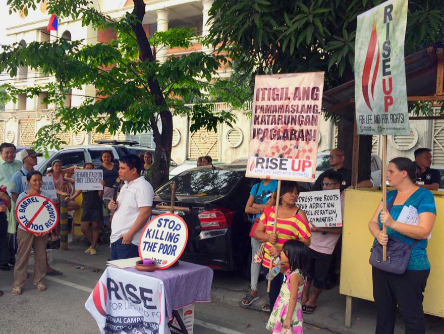 The Rise Up for Life and for Rights movement held a protest outside the Office of the Ombudsman in Manilla, Philippines. United Methodists are among the leaders of the alliance of human rights lawyers, civic organizations and victims of the extrajudicial killings to rise up for justice. Photo courtesy of Rise Up for Rights and For Life.