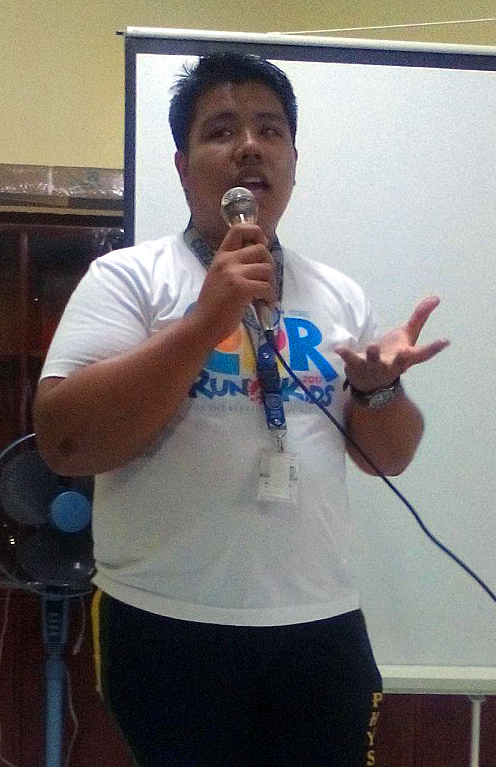 Filipino United Methodists are expressing opposition to the proposed return of the death penalty, which was abolished in 2006. Nathaniell Capinpin, a student who took part in the dialogue, said the bill excluded crimes such as rape but allowed for drug-related crimes. Photo by Gladys Mangiduyos, UMNS.