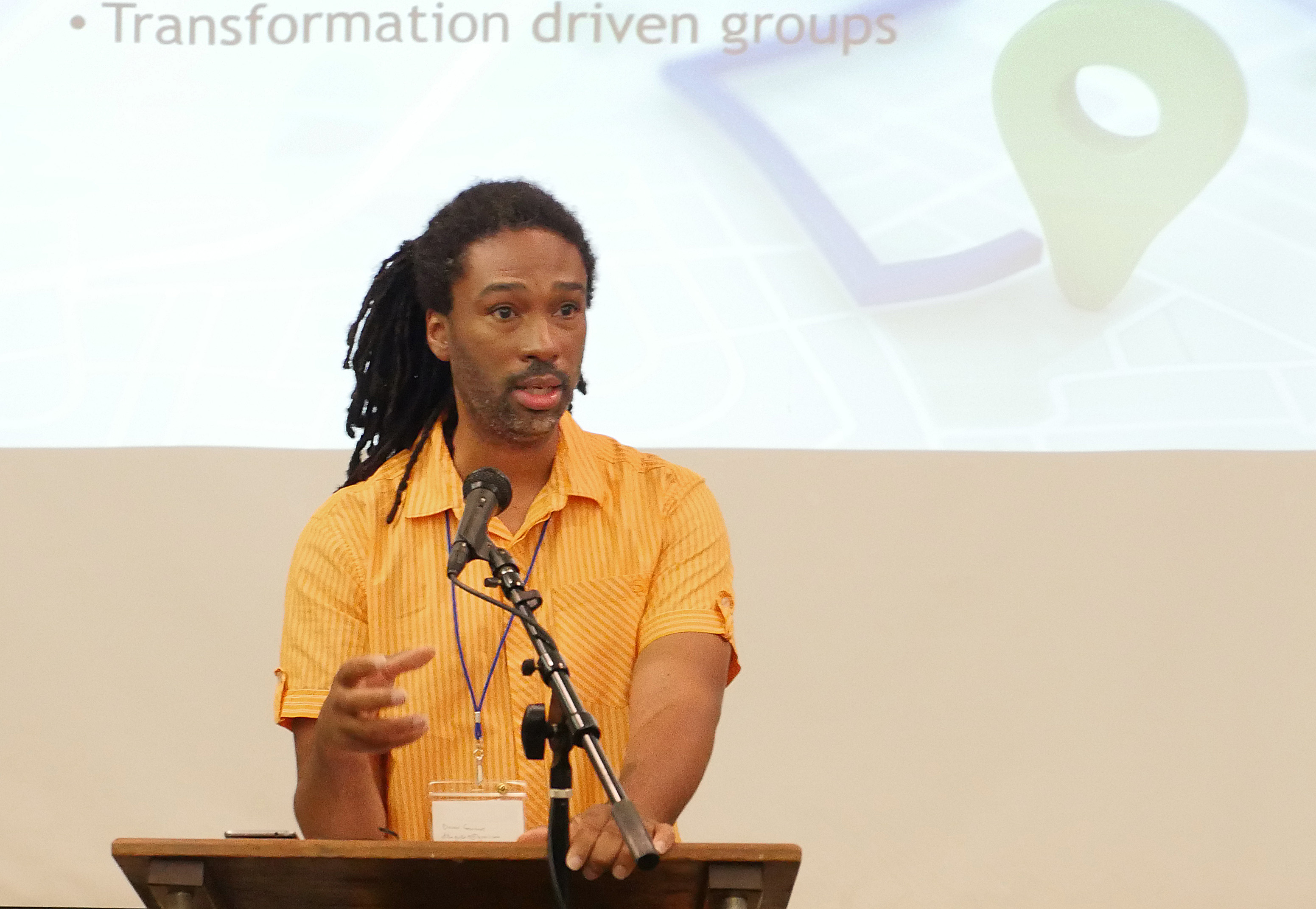 Odell Horne Jr., a member of the Southeastern Jurisdiction Young Men's Think Tank, talks about the think tank's work during a workshop at the United Methodist Men's National Gathering at St. Luke's United Methodist Church in Indianapolis. Photo by Heather Hahn, UMNS.