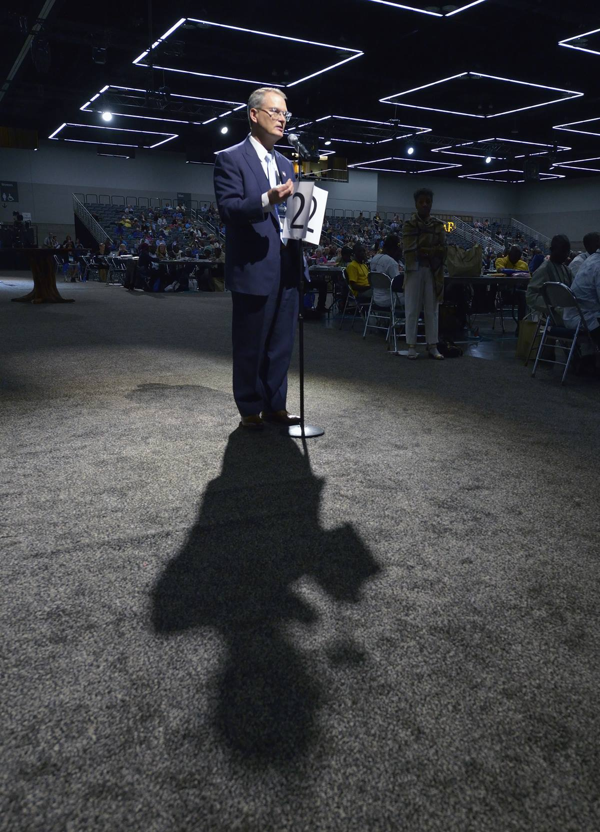 The Rev. Adam Hamilton, a clergy delegate from the Great Plains Conference, speaks on the floor of the 2016 United Methodist General Conference in Portland, Ore. Delegates were discussing what some perceive as a need to divide the denomination over issues of sexuality. Photo by Paul Jeffrey, UMNS