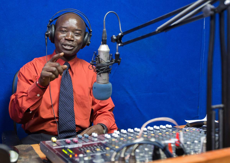 Edward L. Massaquoi broadcasts on ELUM, The United Methodist Church's radio station in Monrovia, Liberia. Photo by Mike DuBose, UMNS.