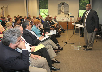 Bishop Gregory V. Palmer addresses a joint meeting of the Connectional Table and the General Council on Finance and Administration  in this 2009 photo. A UMNS file photo by Ronny Perry.