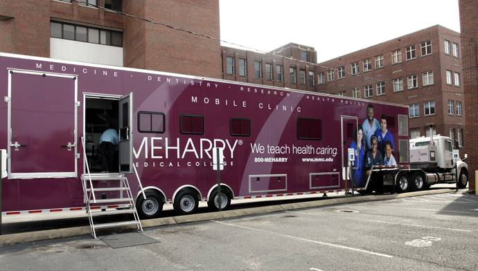 The Meharry Medical College mobile dental clinic allows supervised student dentists to provide care in underserved areas. Photo courtesy of Meharry Medical College.
