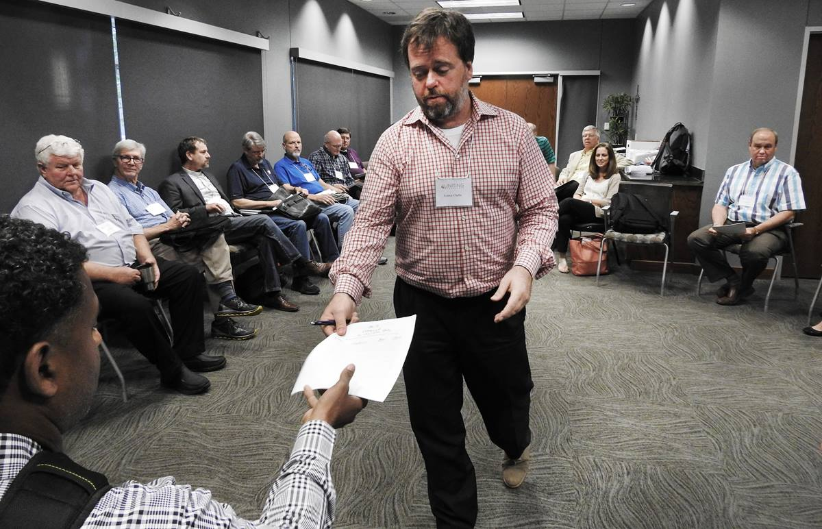 Lonnie Chafin of the Northern Illinois Conference, leads strategy session of General Conference delegates attending the Uniting Methodists meeting in Dallas on July 17, 2018. The Uniting Methodists are supporting the One Church Plan, one of at least three legislative proposals likely to be considered at the special General Conference set for Feb. 23-26, 2019, in St. Louis. Photo by Sam Hodges, UMNS