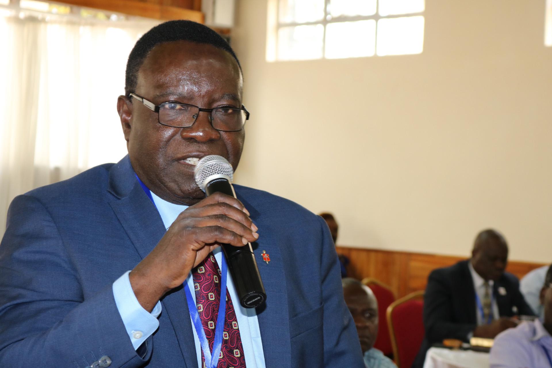 Obispo Kasap Owan Tshibang, miembro fundador de la Iniciativa de África, se dirigió a los delegados y obispos de la Conferencia General reunidos en Nairobi, Kenia, para capacitarse. Foto por Julu Swen, UMNS.