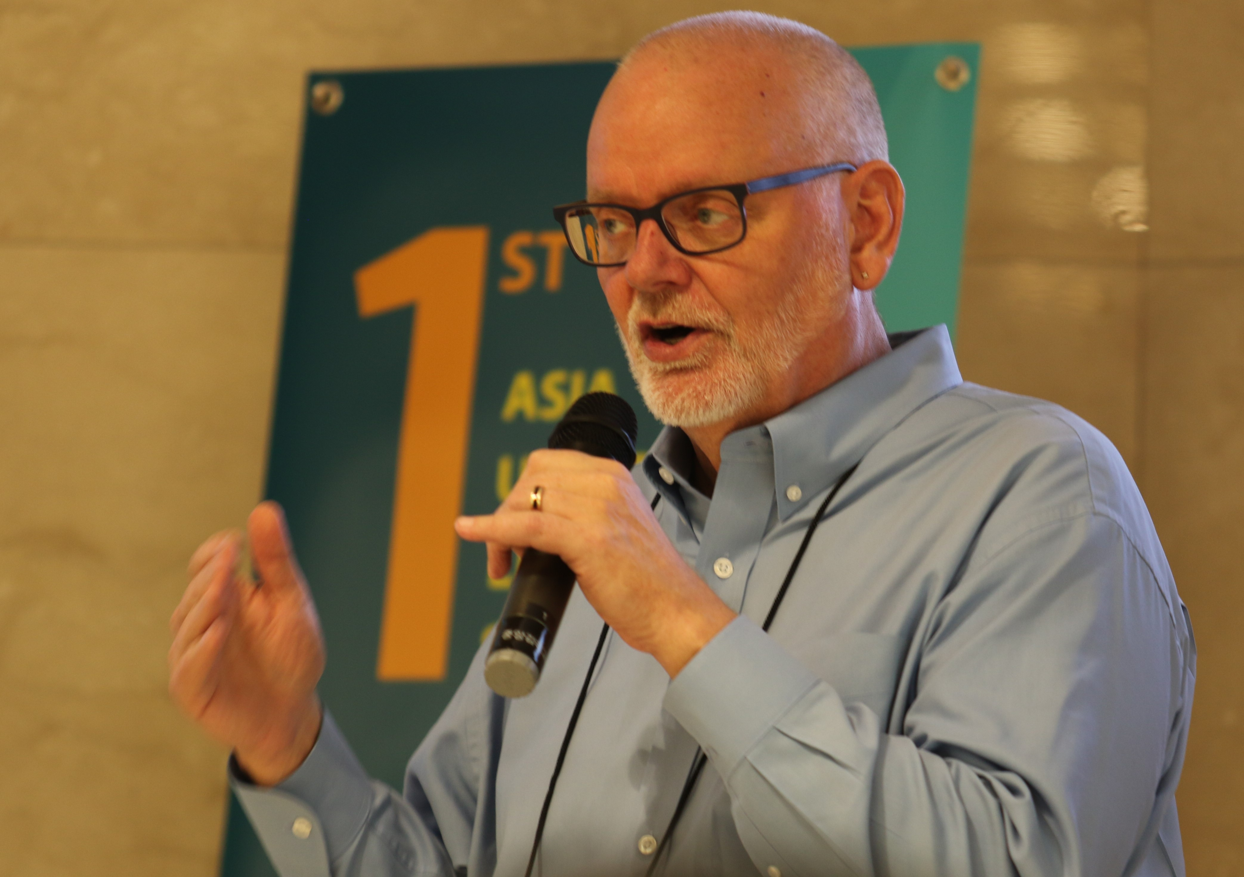 Peter Velander of The Upper Room Ministry gives a lecture during the seminar, Photo by Thomas Kim, UMNS