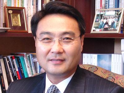 Rev. James Chongho Kim