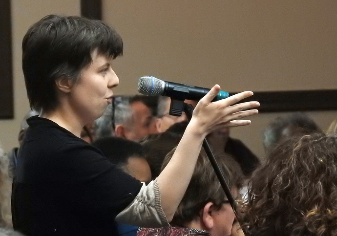 The Rev. Ruth Marston-Bihl takes her turn at the microphone during a discussion period at Do No Harm, The United Methodist Church's sexual ethics summit. The event drew about 280 people, including seven United Methodist bishops. Photo by Sam Hodges, UMNS.