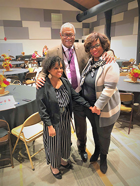 Bishop Julius C. Trimble and his wife, Racelder Grandberry-Trimble (right), meet with Hydeia Broadbent, international AIDS activist, during the Breaking Barriers Global AIDS Conference in Indianapolis. Photo by Crystal Caviness. Photo by Crystal Caviness, United Methodist Communications.