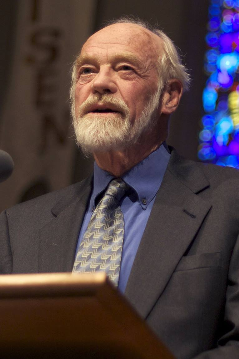 The Rev. Eugene Peterson. File photo by Clappstar, courtesy of Wikimedia Commons.