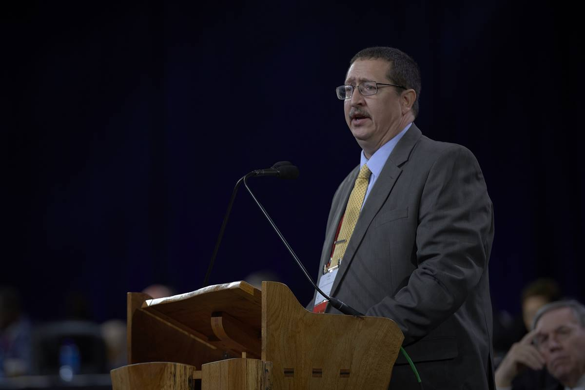 The Rev. Gary Graves announced that the United Methodist Judicial Council has received a petition for a declaratory decision from the Council of Bishops on the constitutionality petitions. Graves, secretary of the General Conference, made the announcement to the General Conference delegates during the Feb. 23 opening session. Photo by Paul Jeffrey, UMNS.