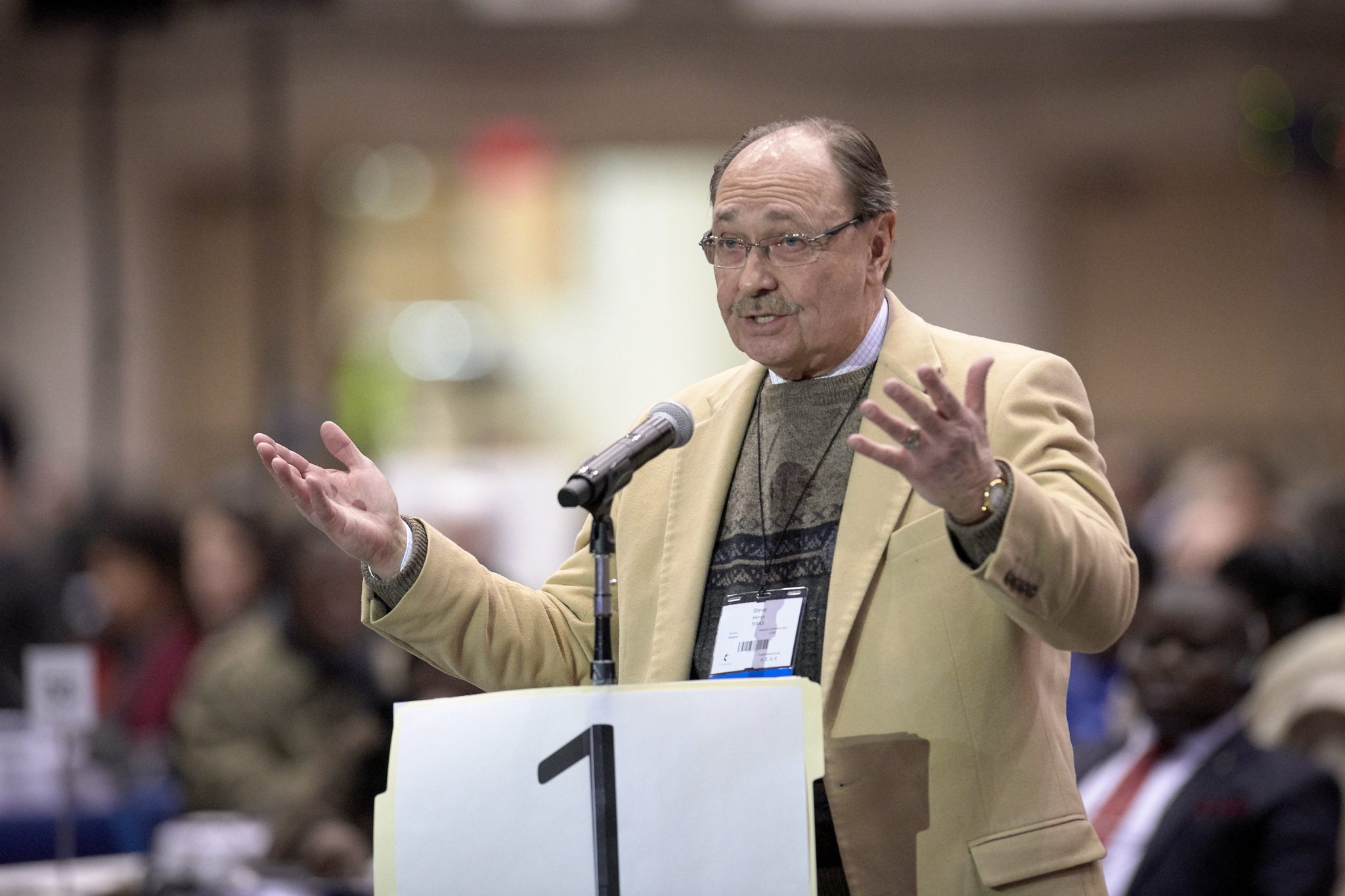 The Rev. Stephen Wende, a delegate from the Texas Conference, speaks at the 2019 United Methodist General Conference in St. Louis. Wende spoke against postponing a discussion of the Traditional Plan, which he supports. Photo by Paul Jeffrey, UMNS.