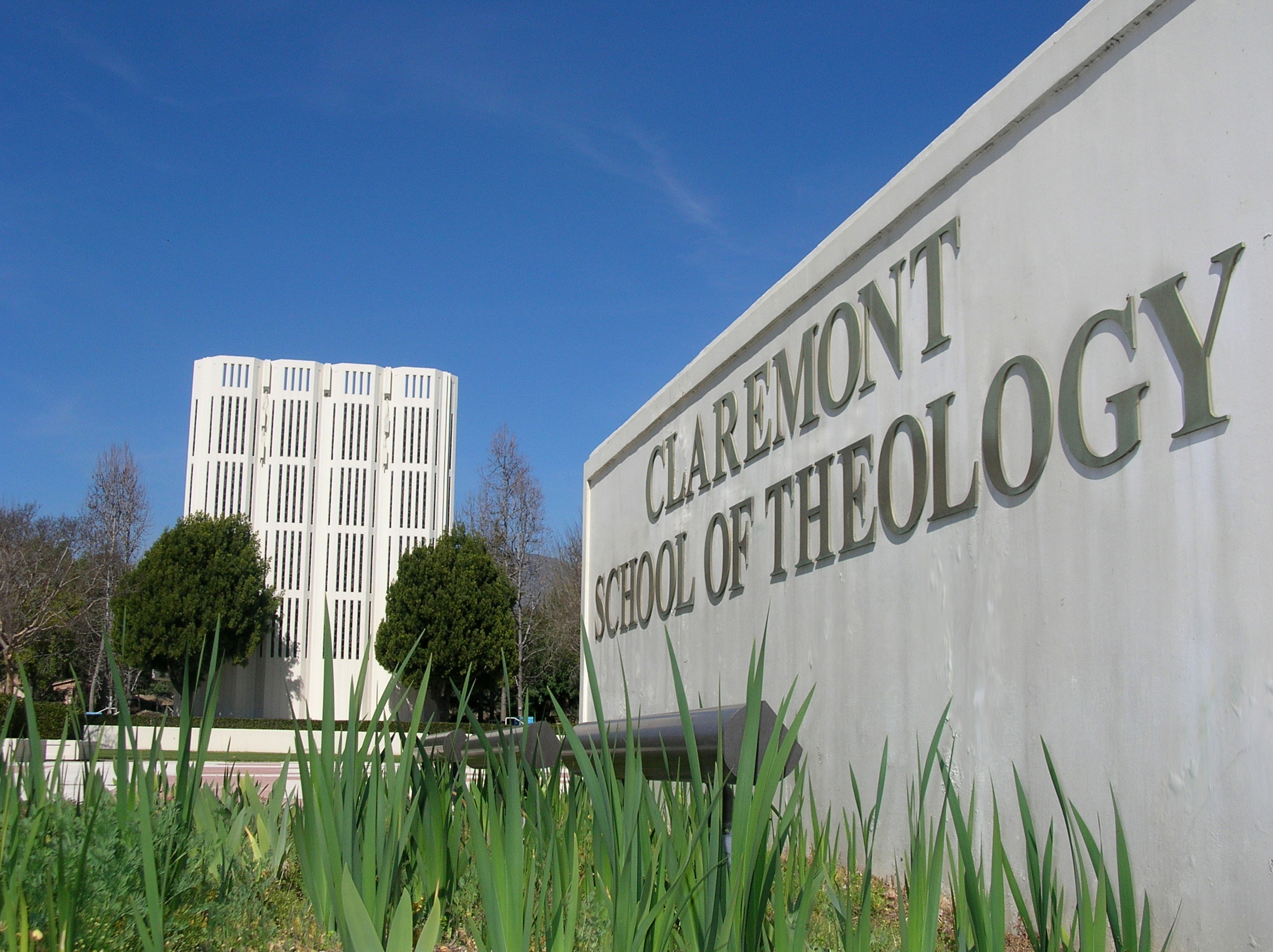 Claremont School of Theology, in Claremont, California, had been on warning status by its accrediting agency, but the warning has been removed due to improvements in enrollment, finances and other areas. The United Methodist seminary is planning a cost-saving move to Willamette University in Salem, Oregon. Photo courtesy of Claremont School of Theology.