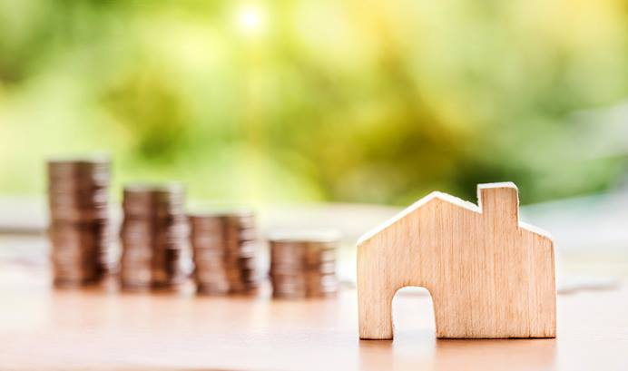 A federal appeals court has ruled that clergy can continue receiving tax-free housing allowances. Photo illustration by Nattanan Kanchanaprat, Pixabay.