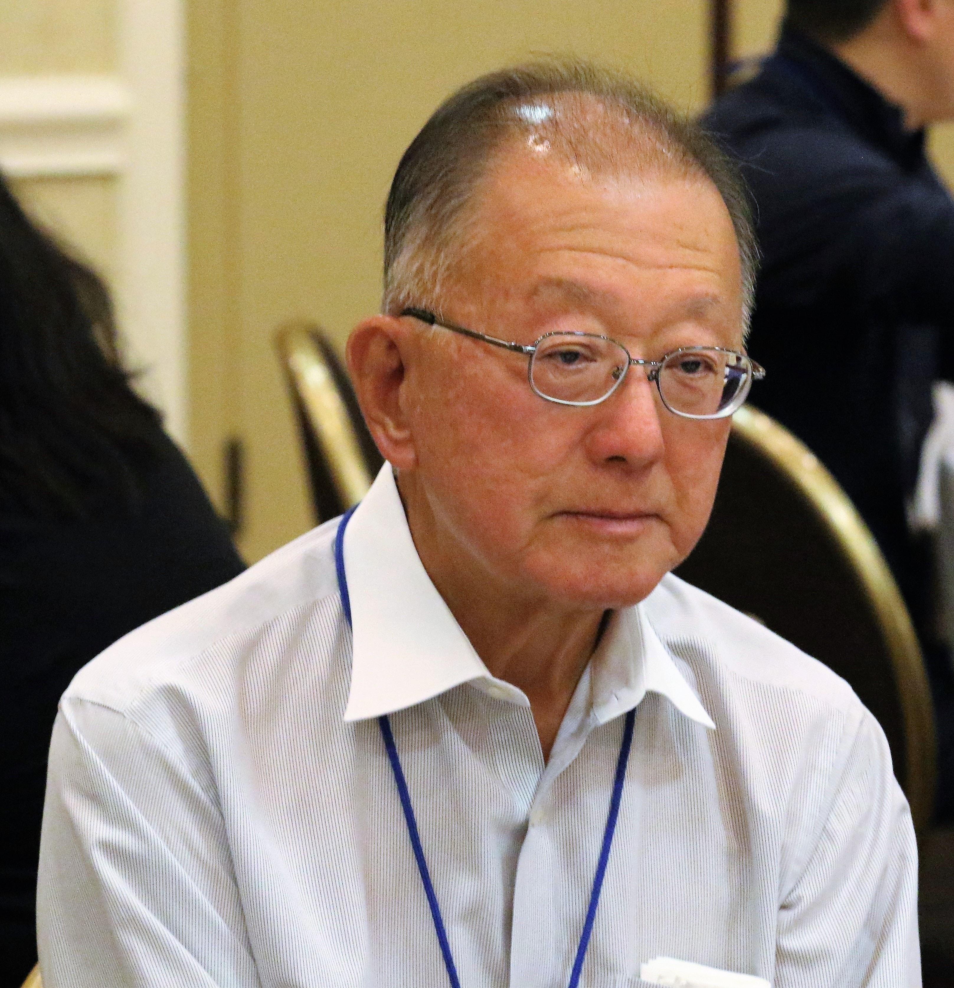 총회에 참석한 양훈 장로가 회의에 참석한 모습. 사진 김응선 목사, UM News.