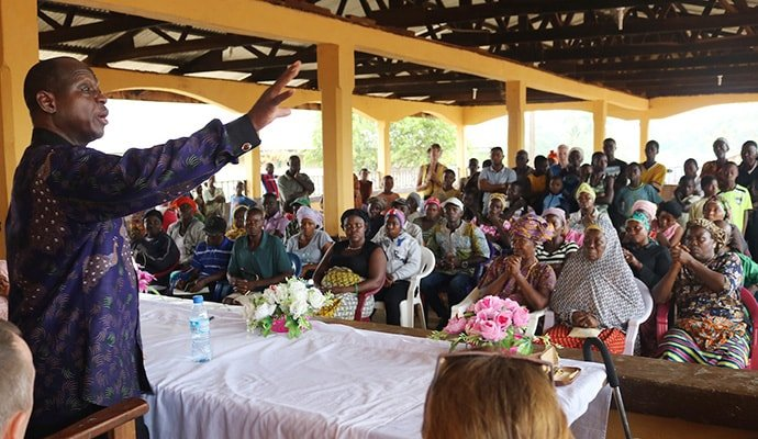 Sierra Leone Bishop John K. Yambasu urges the Panguma community to share responsibility for a new community market that will be built through a partnership between the Sierra Leone Conference and Camp Hill United Methodist Church in the Susquehanna Conference. Work is expected to begin in October. Photo by Phileas Jusu, UMNS.